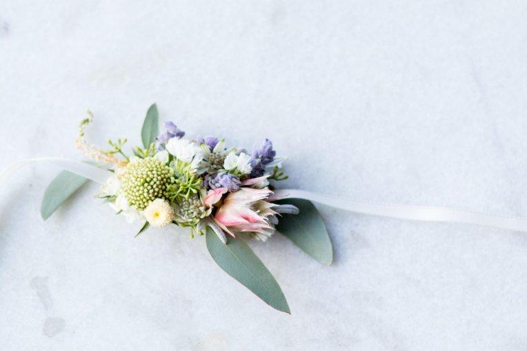 tmp_wBi8SY_eb280c0a7cf4cc6d_Flower_Bracelet